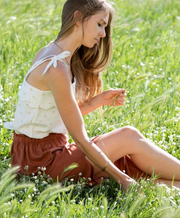 April et C. top Anaïs à bretelles, blanc petites fleurs, coton biologique certifié GOTS, biodégradable, fabriqué en France