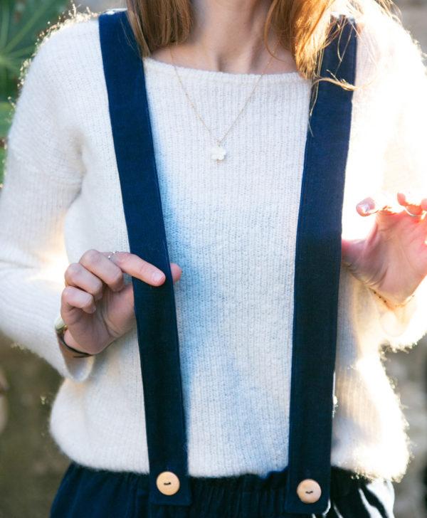 Pantalon femme bretelles amovibles bleu marine velours côtelé coton biologique GOTS fabrique en France