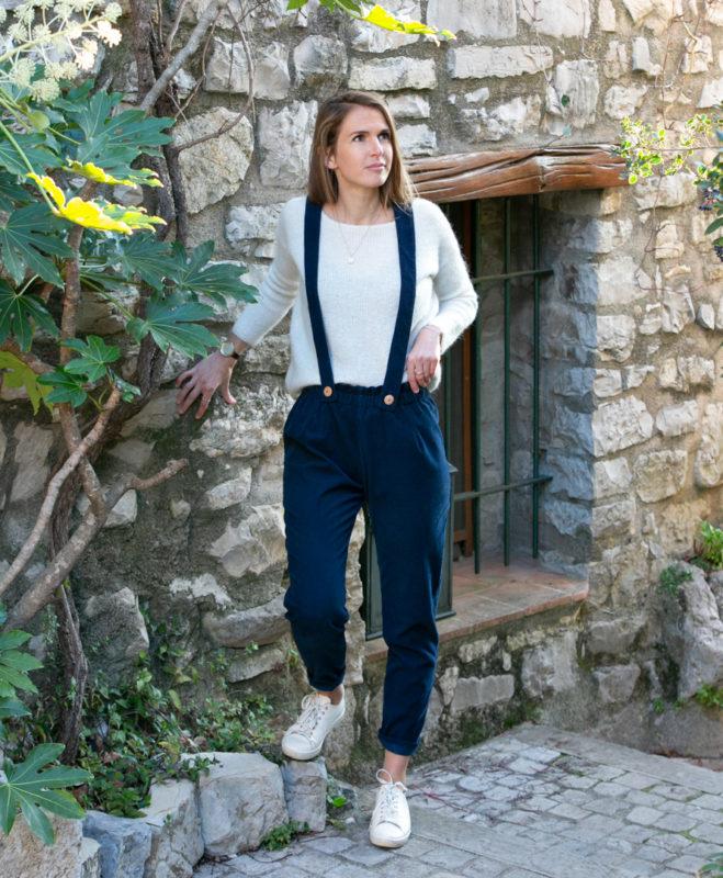 Pantalon femme bretelles amovibles bleu marine velours côtelé coton biologique GOTS petites series