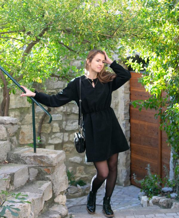 Robe patineuse femme noir velours côtelé coton biologique GOTS Eco responsable made in France